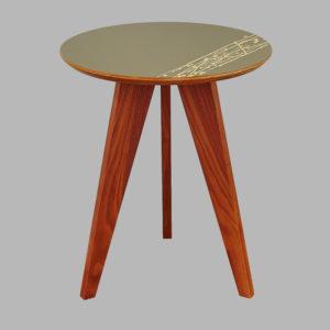 Beveledge wooden table